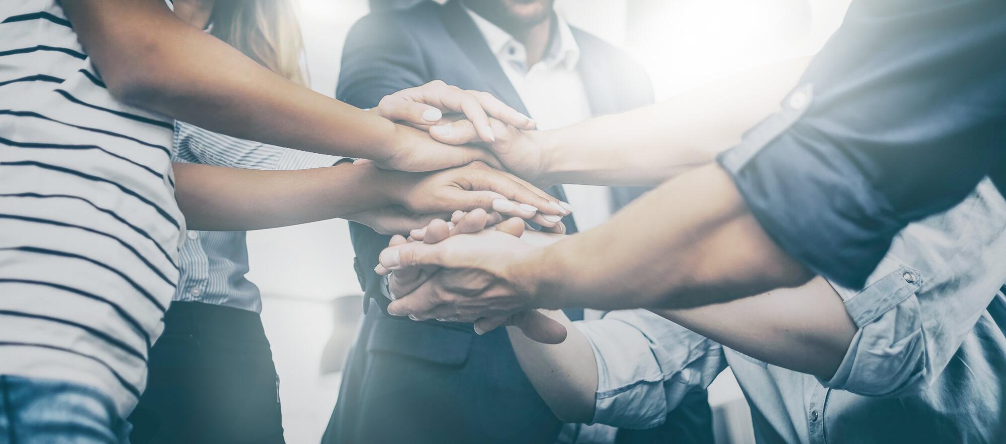 Mitarbeiter mit Teamgeist Leistungen für Unternehmen