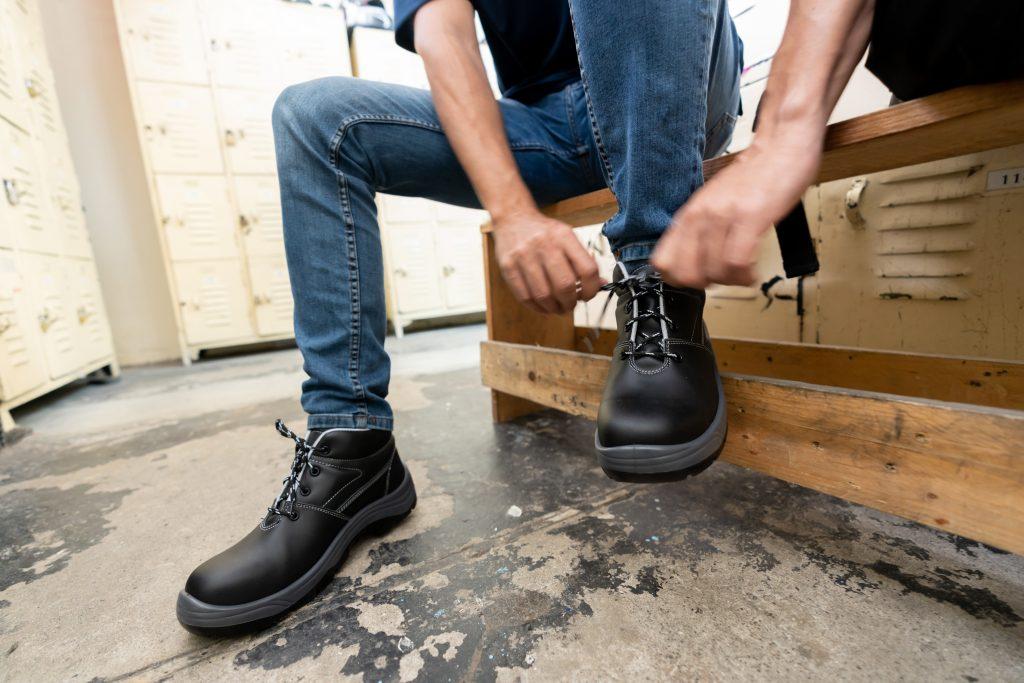 Orthopädische Maßeinlagen bei Arbeitssicherheitsschuhen